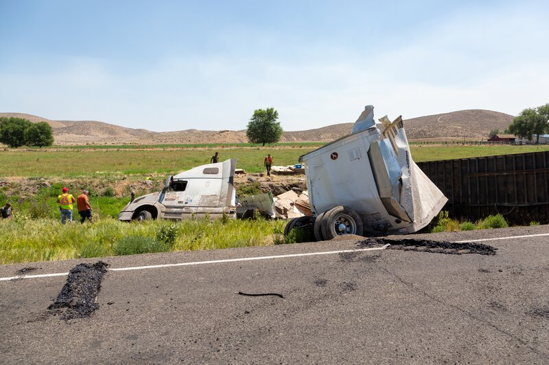 Why You Should Hire a Truck Accident Attorney